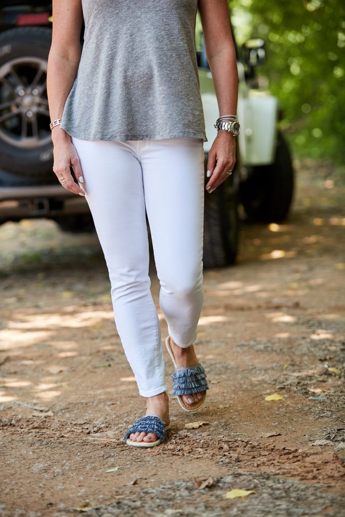 Summer Groove White Jeans Detail
