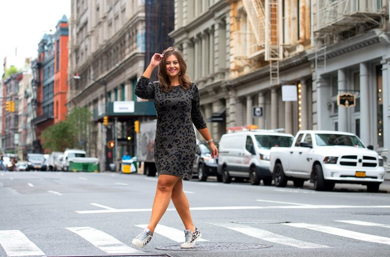 woman crossing the street in NYC
