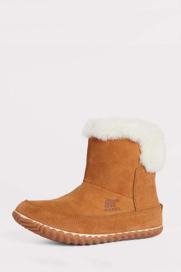 how to wear Sorel boots
