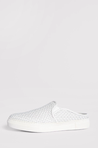 what to wear for the fourth of july, white sneakers